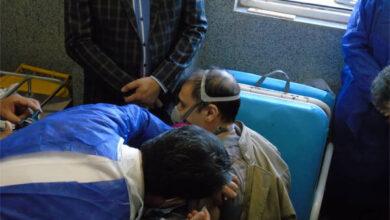 تصویر اولین دوره واکسن کرونا به ۱۰ نفر از کادر درمان ورامین تزریق شد