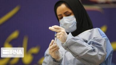 تصویر جهانپور: فاز دوم واکسیناسیون کادر درمان علیه کووید ۱۹ آغاز شد